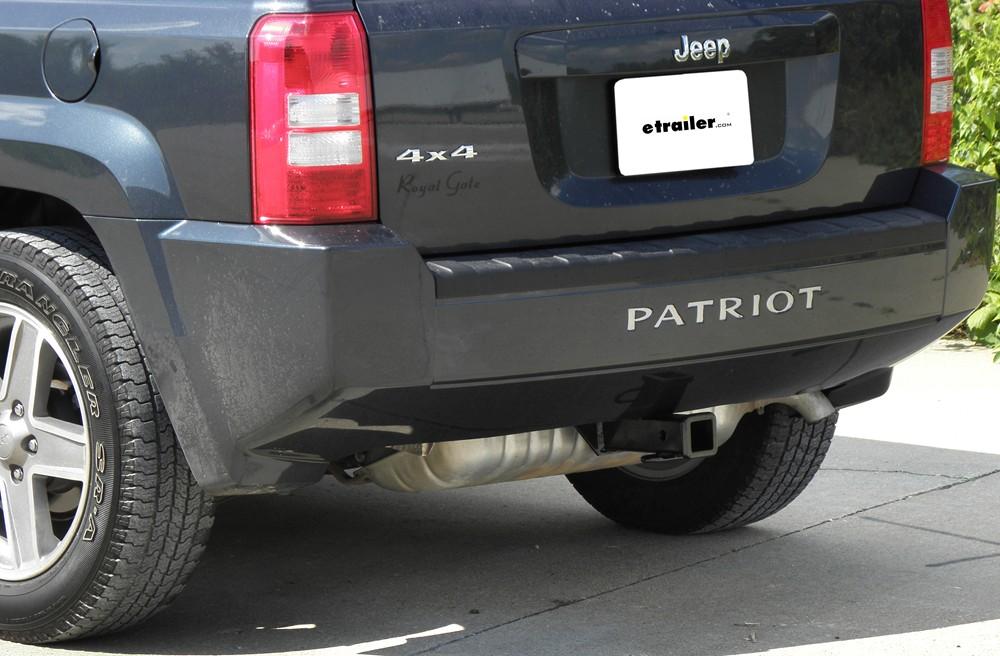 Jeep Patriot Curt Trailer Hitch Receiver Custom Fit Class Iii 2