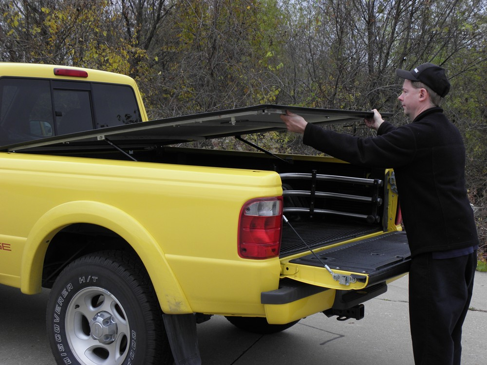 2005 Ford Explorer Sport Trac Tonneau Covers