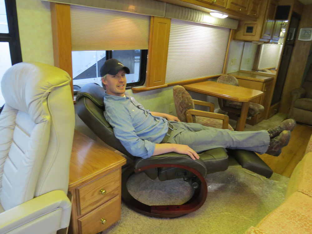 Thomas Payne Rv Xl Euro Recliner Chair W Footrest 24
