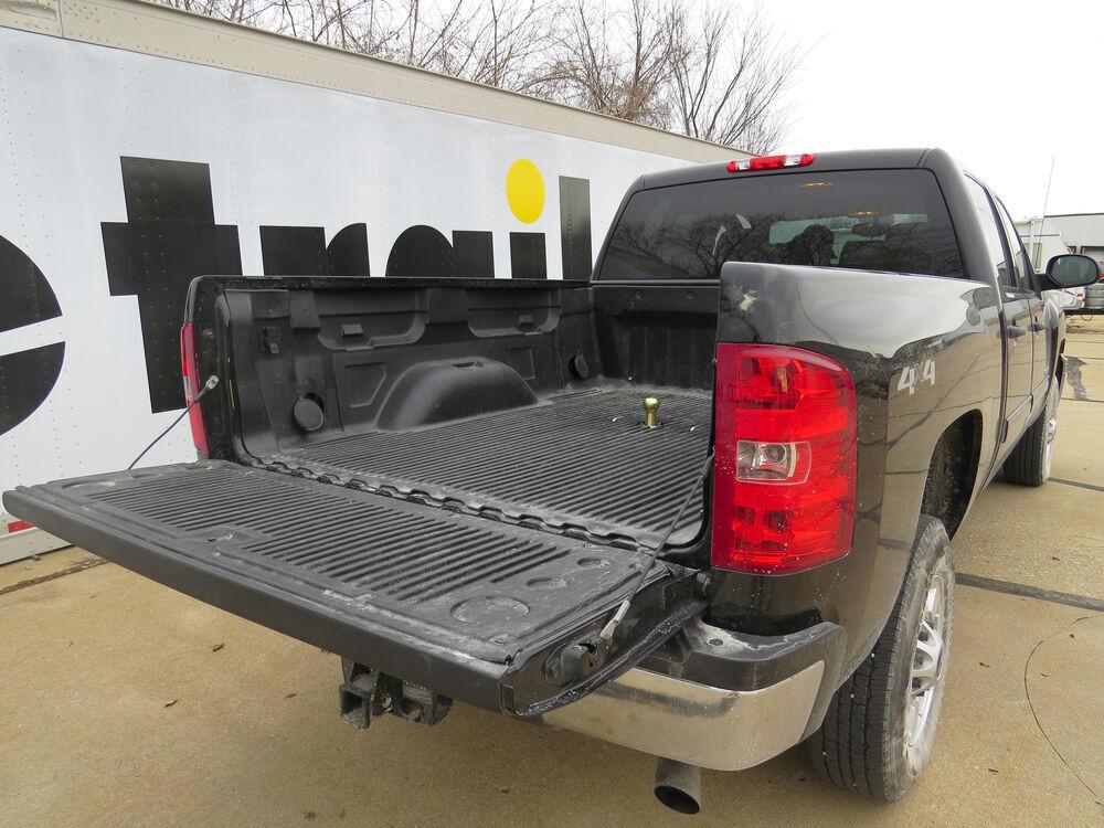 Chevrolet Silverado on Fifth Gooseneck Wiring Harness Installation Ford Jpg