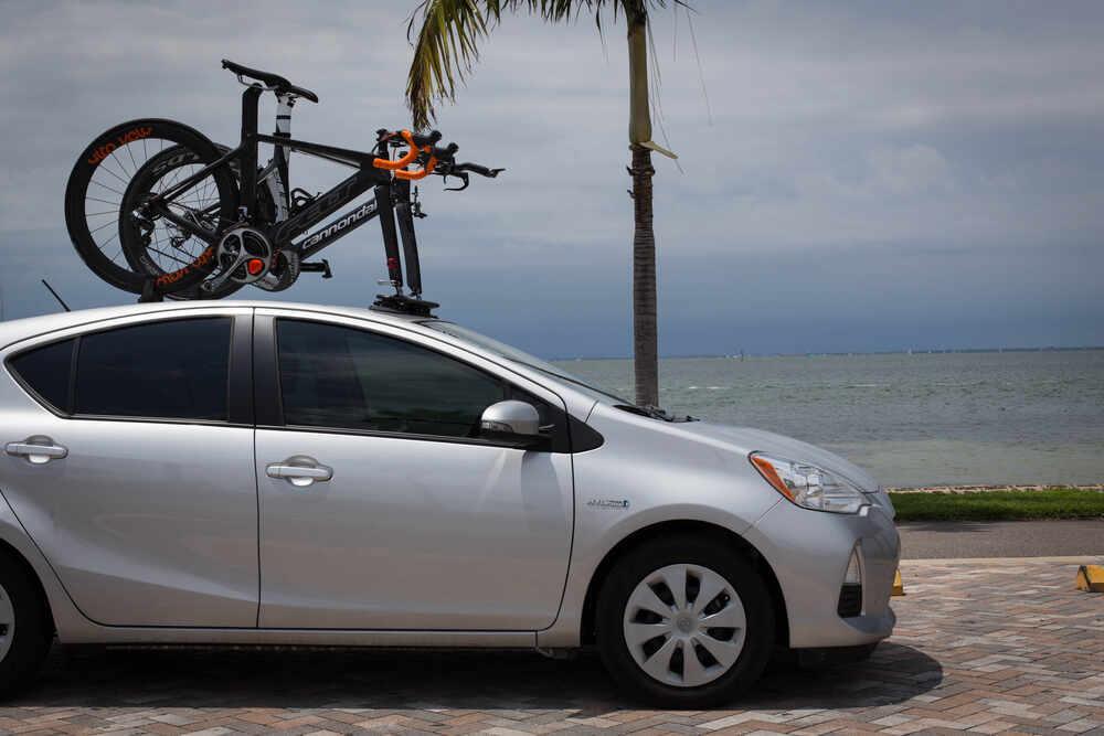 2017 Honda Civic Seasucker Mini Bomber Roof 2 Bike Rack
