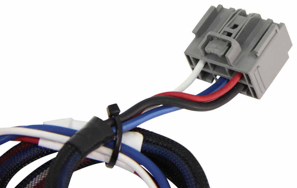 Compare Pigtail Wiring vs Tekonsha Plug-In | etrailer.com