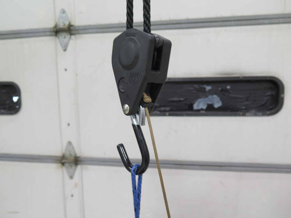 ProGrip Hunter's Hoist w/ Pulley and Rope Lock - 20' Long x