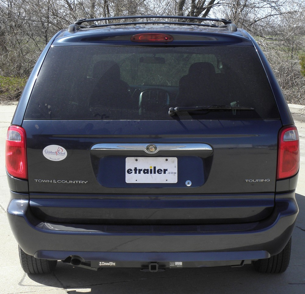 2006 Chrysler Town Country: 2006 Chrysler Town And Country Trailer Hitch
