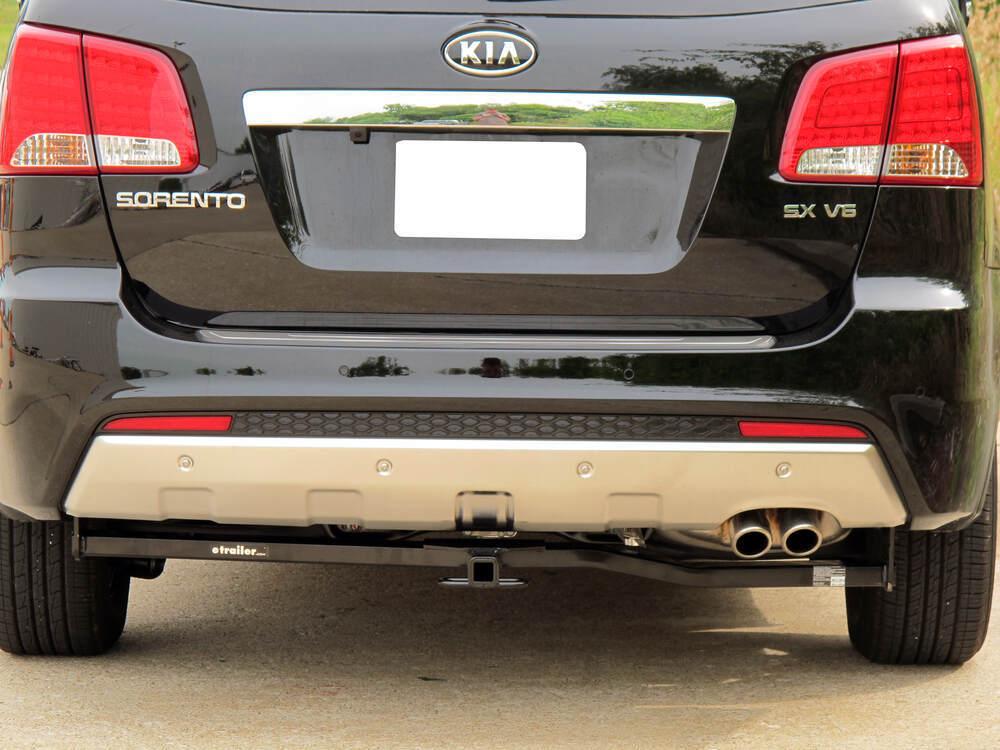 compare draw tite trailer vs draw tite max frame etrailer com rh etrailer com Kia Sorento Cargo Rack Tow Hitch for Sorento 2013