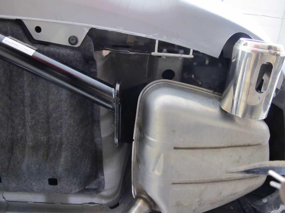 "2018 Honda CR-V Draw-Tite Trailer Hitch Receiver - Custom Fit - Class II - 1-1/4"""