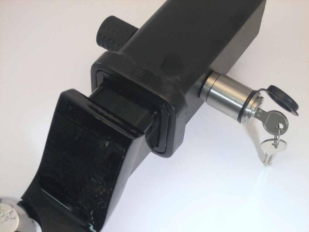 9 16 Hitch Pin : Compare trailer hitch receiver vs deadbolt
