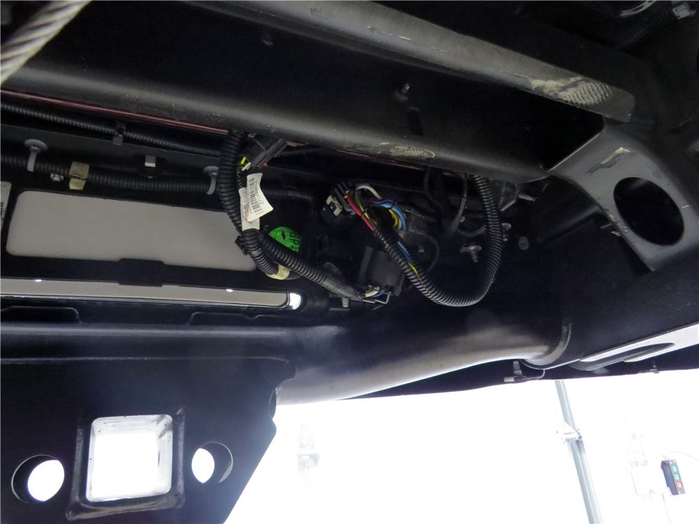Gooseneck Wiring Harness On A 2012 Ford F250 Etrailercom Youtube