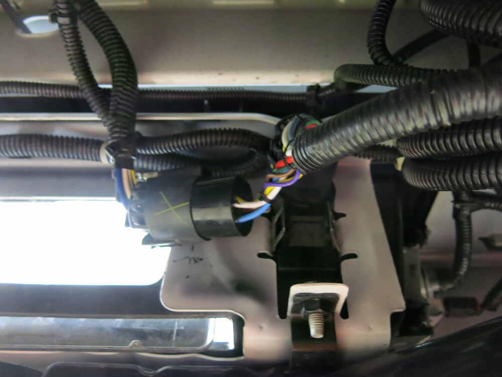 41157_2018~gmc~sierra_2500_3_1000  Th Wheel Wiring Harness on diagram for keystone, basement tv cable, dual battery, harness jayco, trailer towing brake, hitch breakaway,