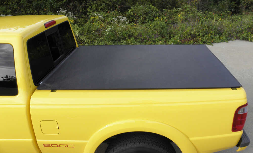 2013 toyota tundra craftec hatch style tonneau cover low. Black Bedroom Furniture Sets. Home Design Ideas