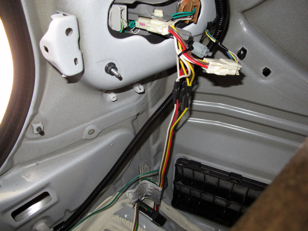 2010 Toyota Corolla Trailer Wiring Harness : Curt t connector vehicle wiring harness with pole flat