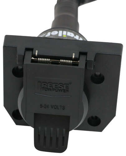 Compare 7-Way Connector vs Reese Multi-Plug | etrailer.com