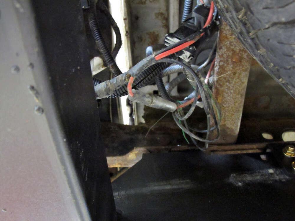Chevrolet silverado reese multi plug wiring harness