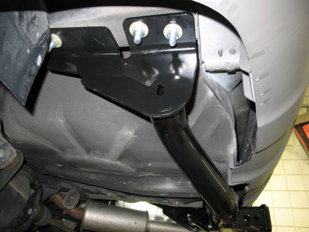 Jeep Trailer Hitch >> 2004 Ford Escape Trailer Hitch - Draw-Tite