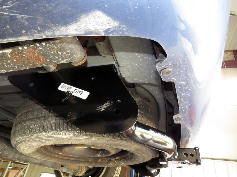 2006 Chrysler Town And Country Trailer Hitch