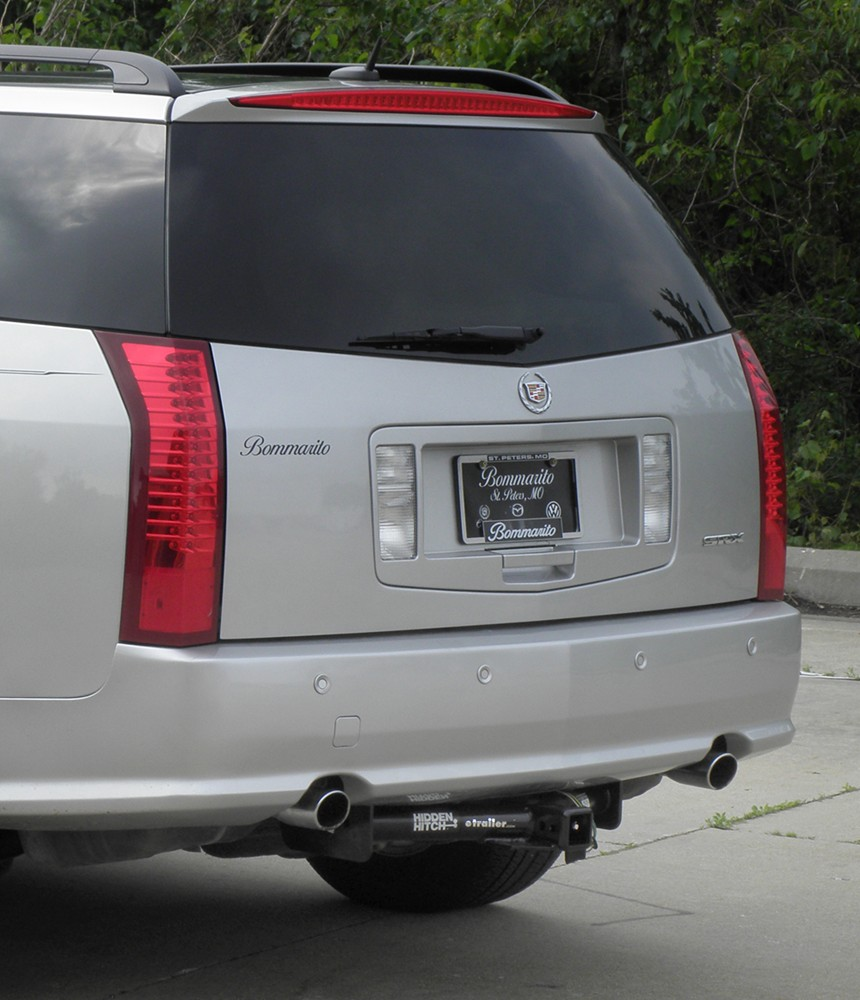 Hidden Hitch Custom Fit Hitch - 87661 on 2005 Cadillac SRX