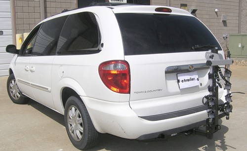 2005 chrysler town and country trailer hitch hidden hitch. Black Bedroom Furniture Sets. Home Design Ideas