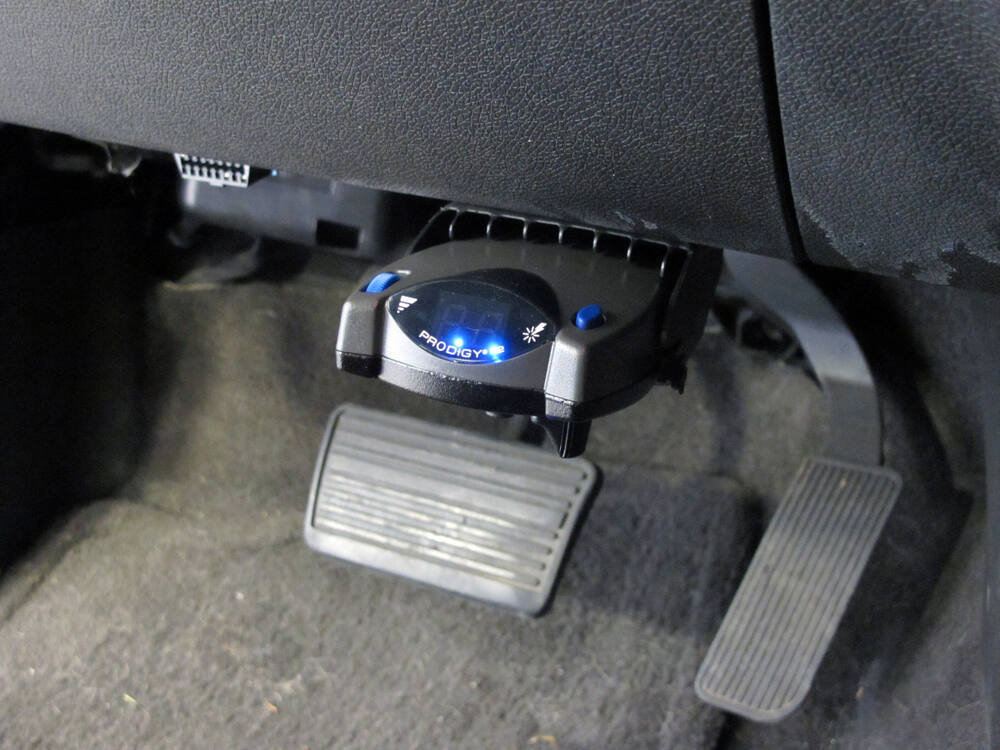 hooking up electric trailer brakes For electric brakes for trailers with air brake systems, hayes offers the air actuated controller, with capacity up to 8 brake assemblies.