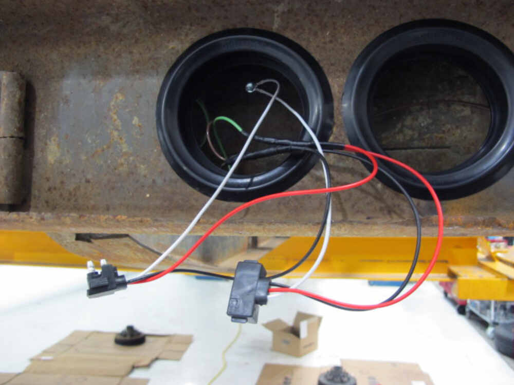 3 wire trailer lights dolgular com Simple Switch Panel Wire Diagram  3 Wire Well Pump Wiring Diagram 3 Wire Headlight Wiring Diagram Wiring Diagrams 2 Lights and 4 and 3 Way Switches with Power to the Light