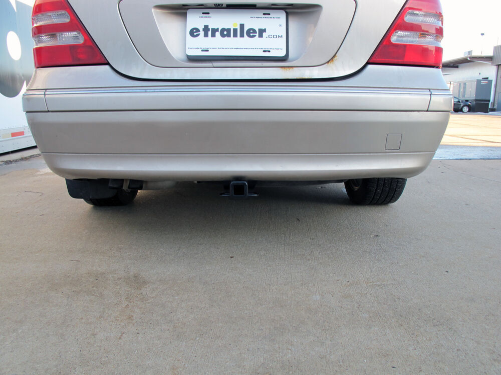 2003 mercedes benz c class trailer hitch curt for Mercedes benz trailer hitch