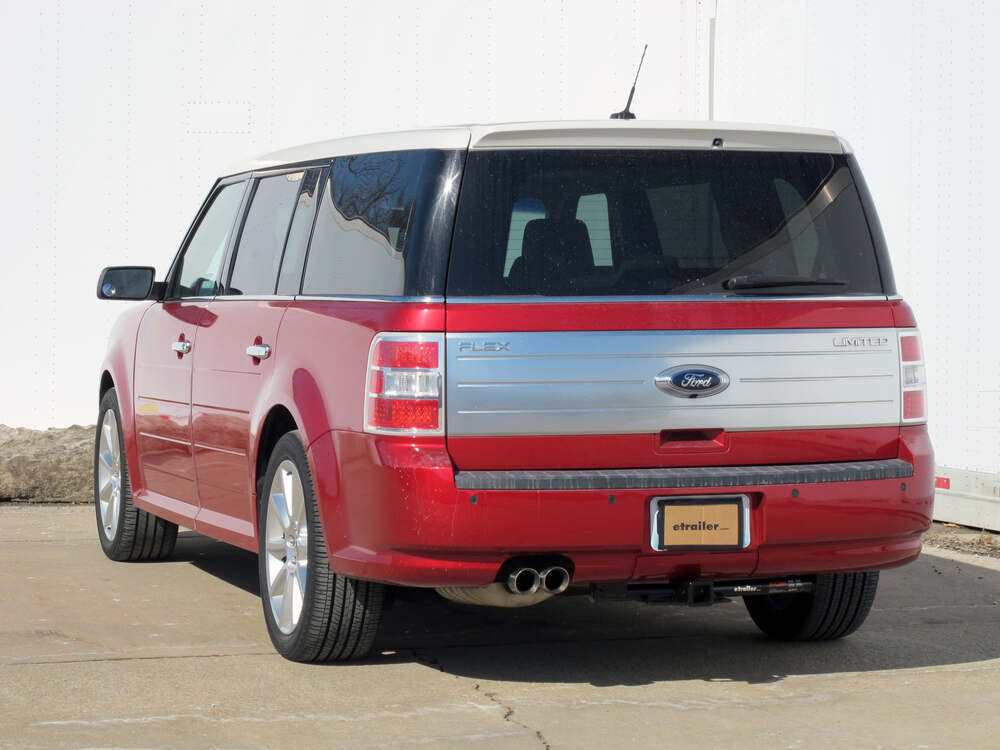 2010 ford flex curt trailer hitch receiver custom fit class iii 2. Black Bedroom Furniture Sets. Home Design Ideas
