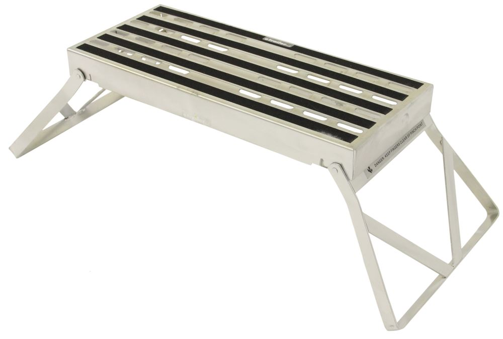 Camco Folding Step Stool Steel 19 Quot Long X 8 Quot Wide X 9