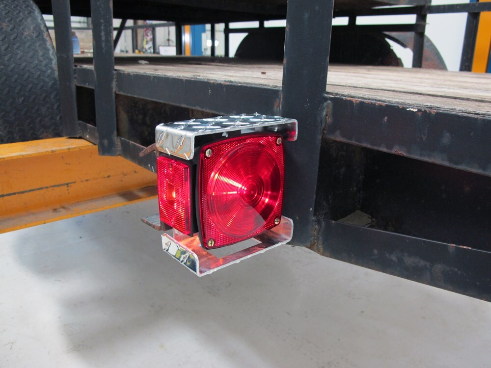 ce smith trailer tail light protector 5 1 2 x 5 5 8 aluminum. Black Bedroom Furniture Sets. Home Design Ideas