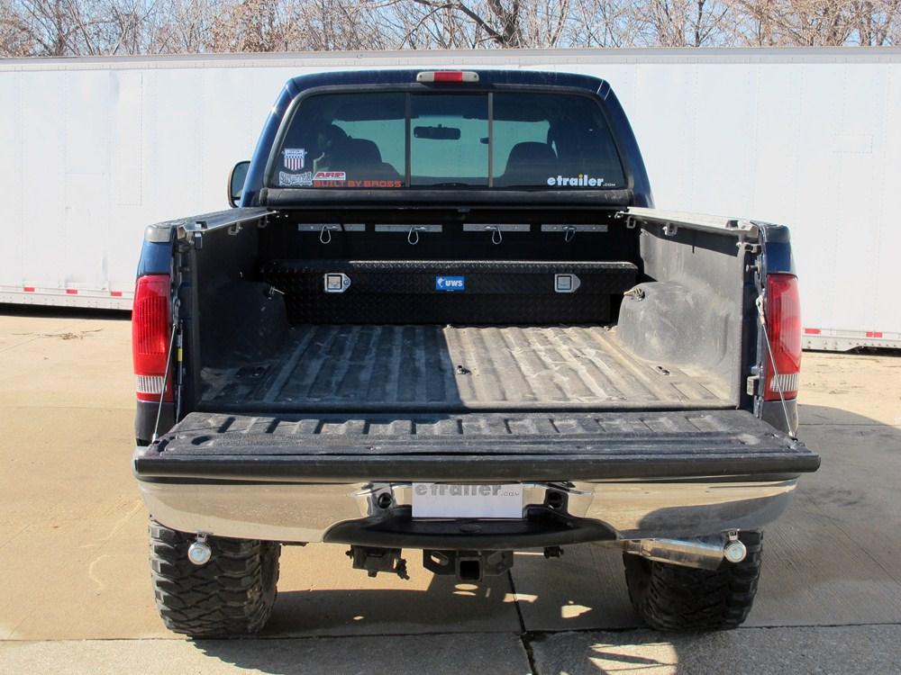 2015 ford f 250 super duty deezee tailgate assist custom tailgate lowering system for pickup trucks. Black Bedroom Furniture Sets. Home Design Ideas