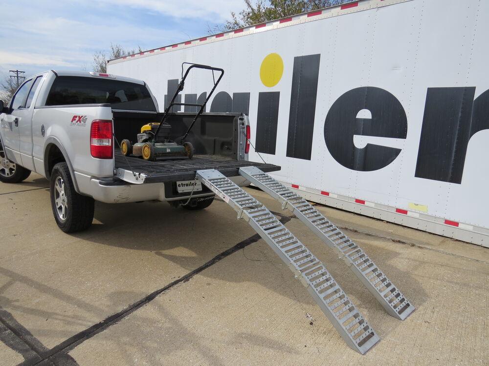 Erickson Arched Loading Ramp Set Tri Fold Steel 72