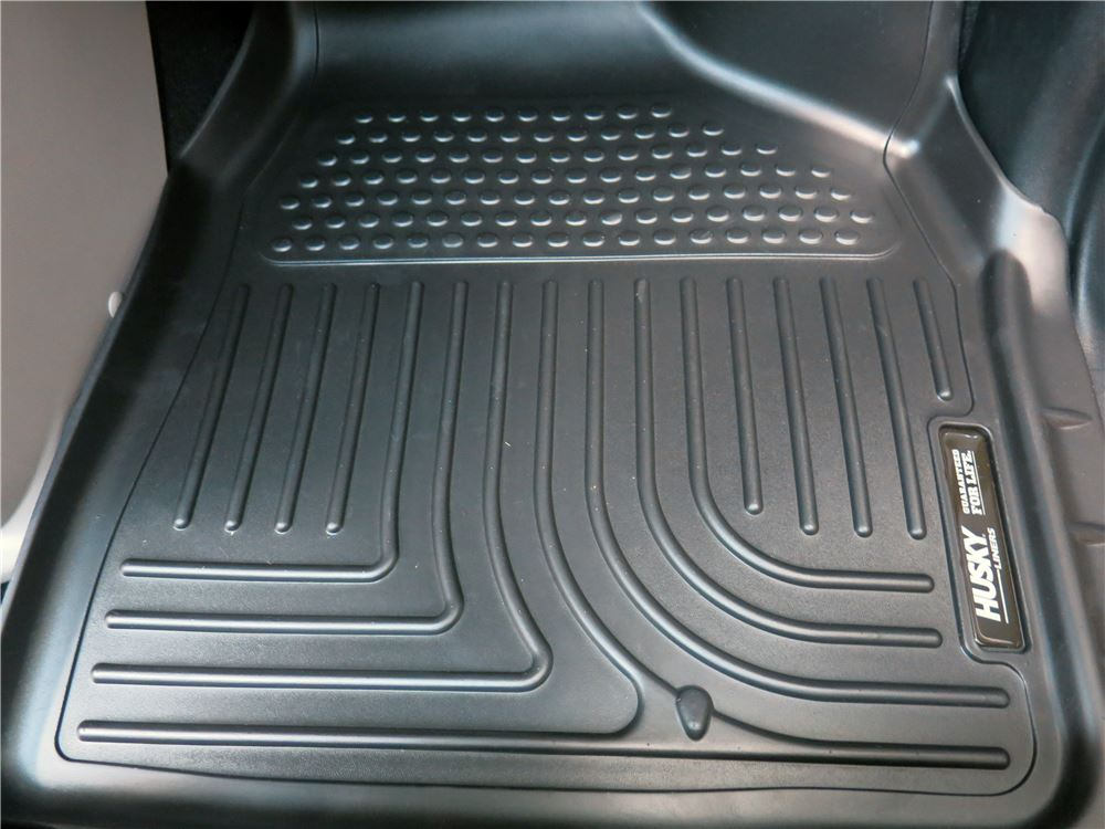 2015 chrysler town and country husky liners weatherbeater custom auto floor liners front black. Black Bedroom Furniture Sets. Home Design Ideas