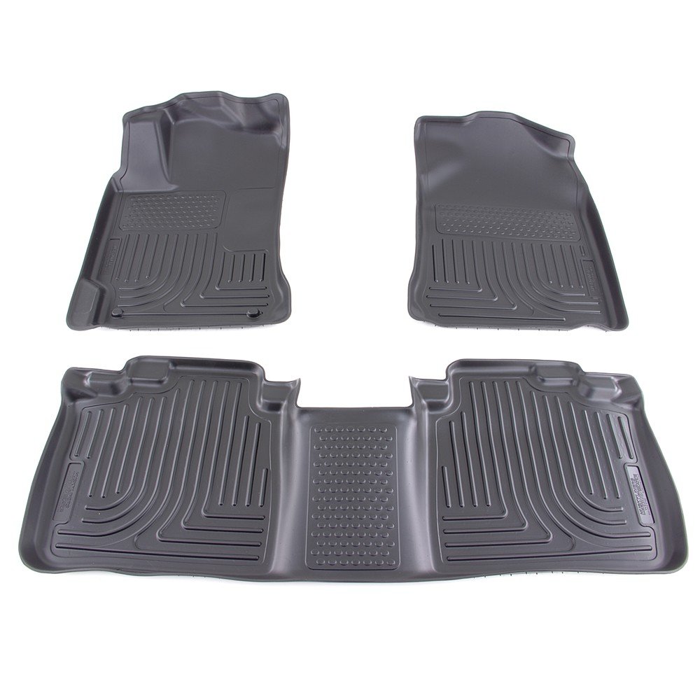 2012 toyota camry floor mats husky liners. Black Bedroom Furniture Sets. Home Design Ideas