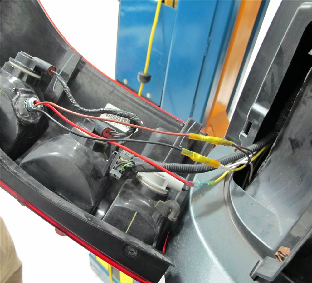 2014 Gmc Terrain Trailer Wiring Electrical Diagram Roadmaster Tow Bar Rm152led 2006 Saturn Vue Tail Light Kit For Towed Truck