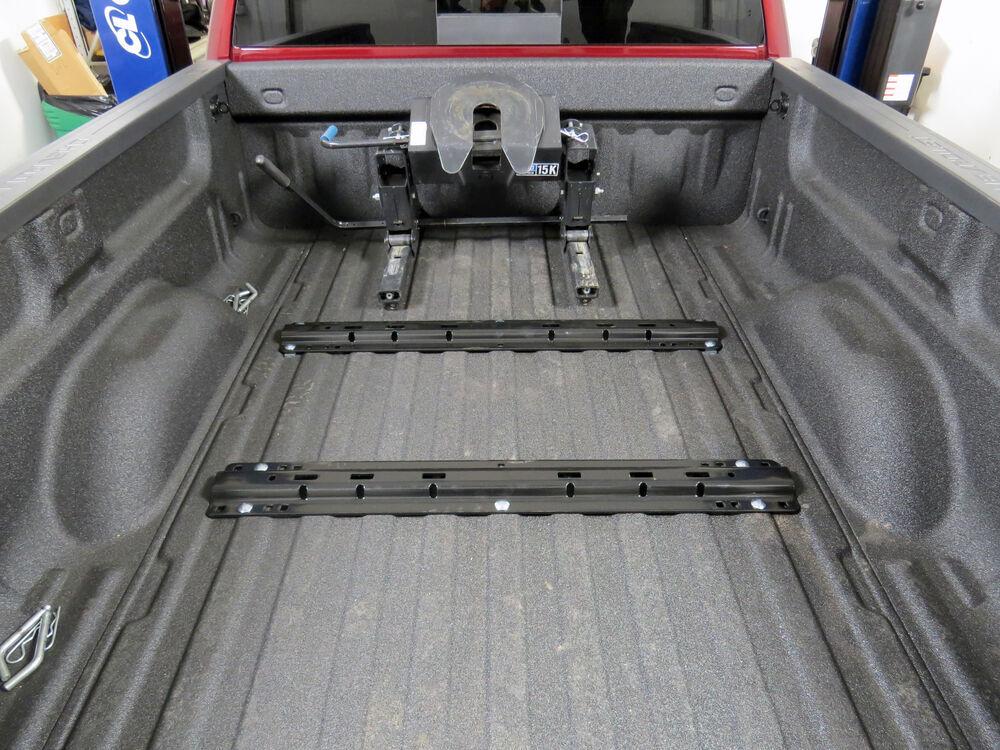 2017 Chevrolet Silverado 2500 Fifth Wheel Installation Kit ...