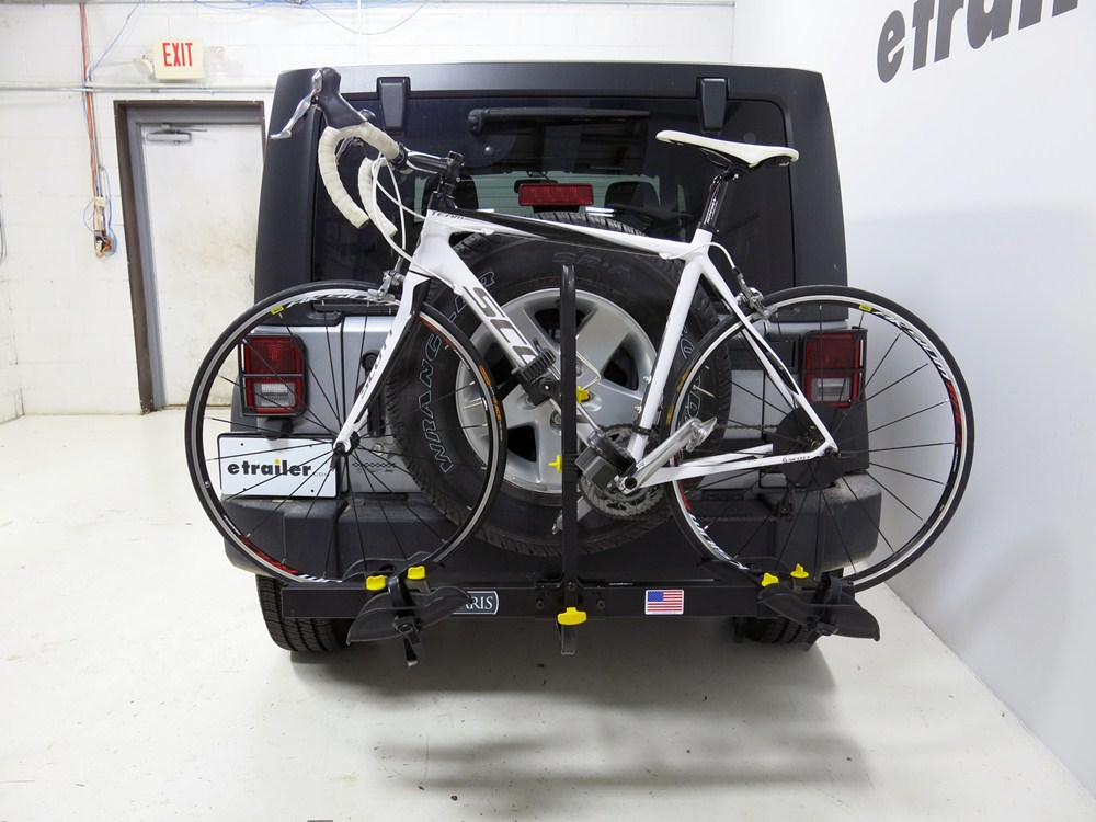 2005 jeep wrangler saris freedom 2 bike platform rack 1. Black Bedroom Furniture Sets. Home Design Ideas