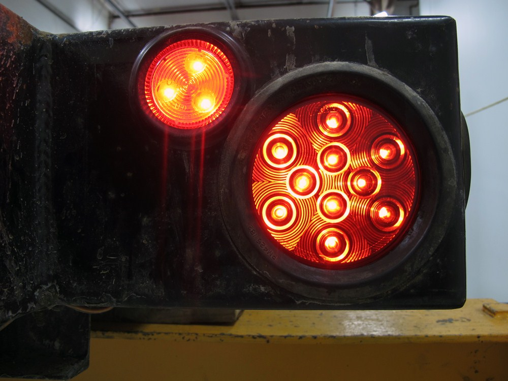 Jeep Wrangler Sealed 4 Quot Round Led Trailer Stop Turn And