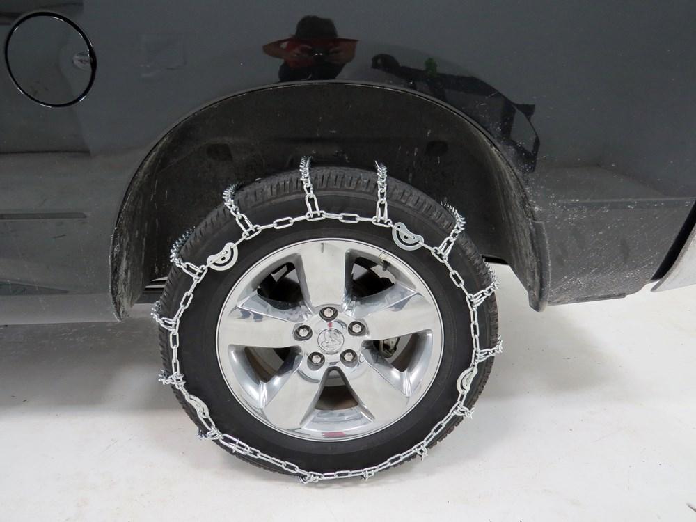 2016 Chevrolet Silverado 2500 Tire Chains Titan Chain