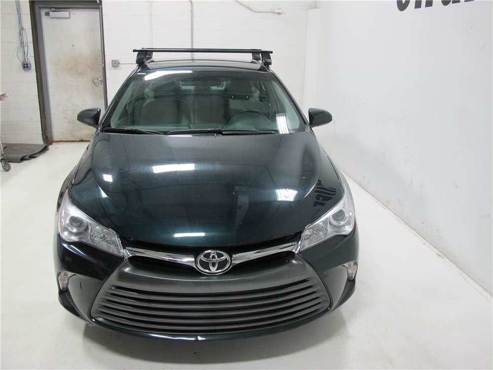 Thule Roof Rack For 2005 Camry By Toyota Etrailer Com