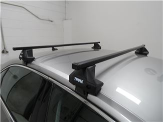 Thule SquareBar on Vehicle