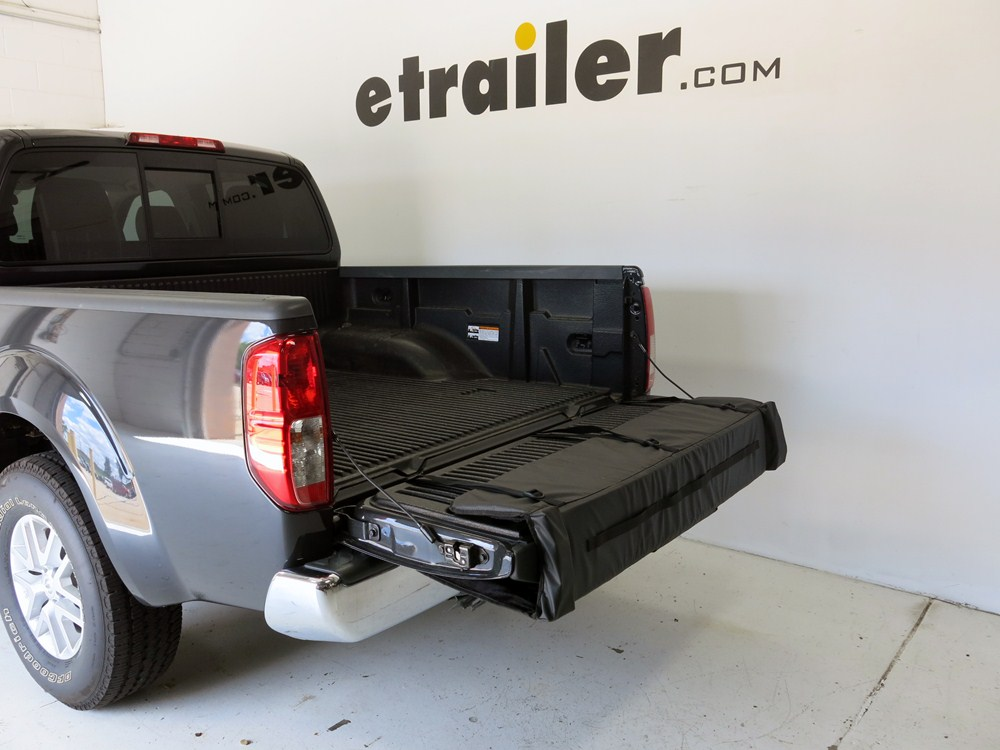 2014 Nissan Frontier Thule Gate Mate Tailgate Pad and Bike ...