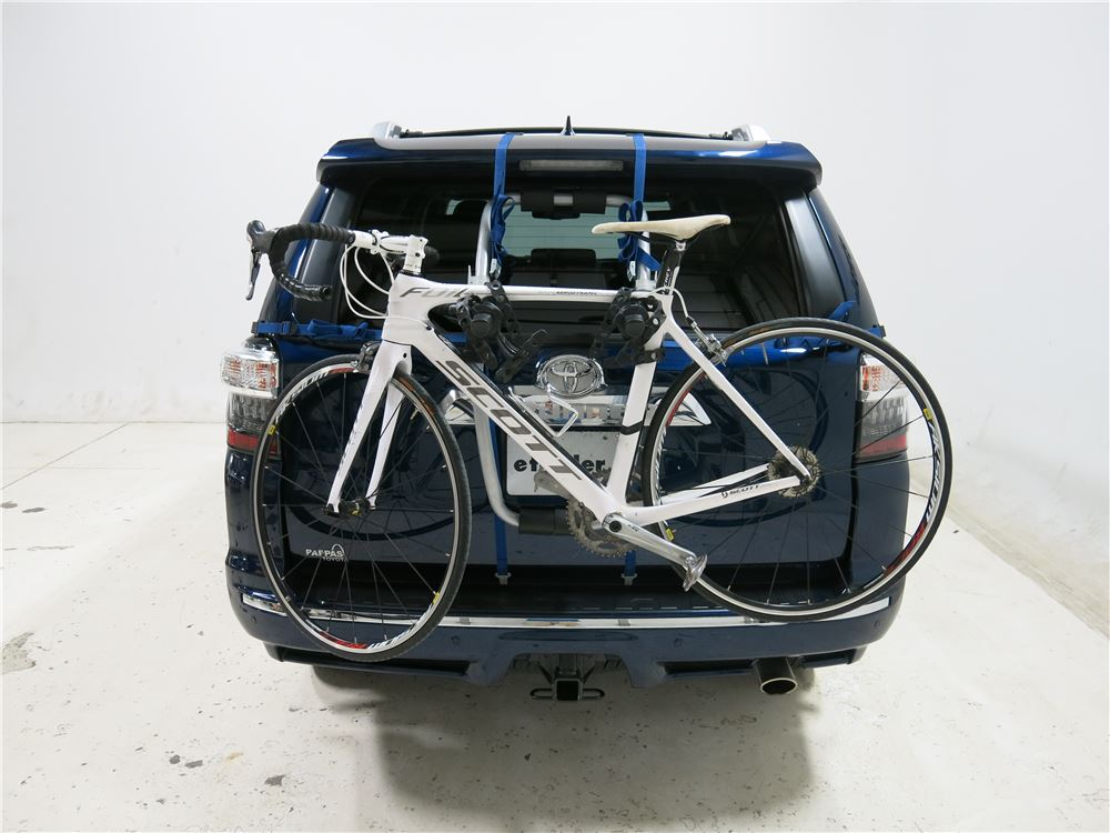 Buick Encore Bike Rack >> Toyota 4Runner Thule Gateway XT 2-Bike Rack - Trunk Mount ...