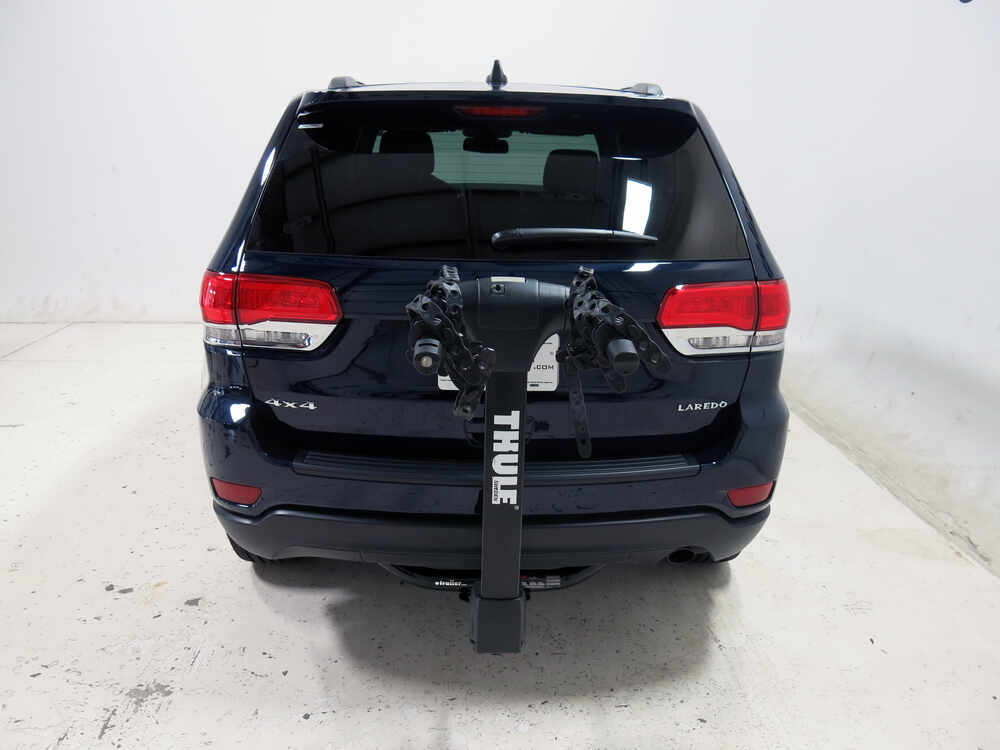 jeep grand cherokee thule vertex 4 bike rack 1 1 4 and 2 hitches tilting. Black Bedroom Furniture Sets. Home Design Ideas