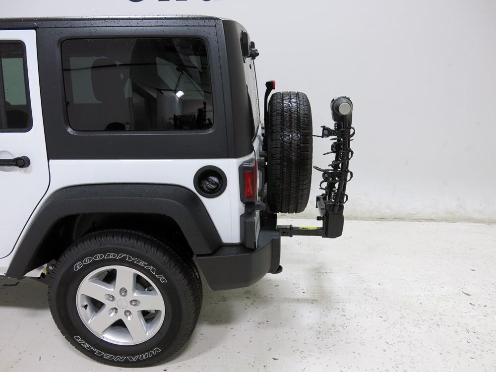 2016 jeep wrangler thule vertex swing 4 bike rack 2 hitches swinging. Black Bedroom Furniture Sets. Home Design Ideas