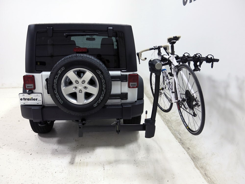 2016 Jeep Wrangler Thule Vertex Swing 4 Bike Rack 2