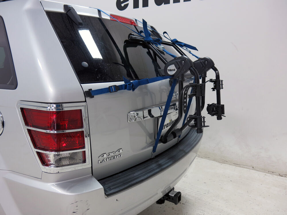 2015 jeep grand cherokee trunk bike racks thule. Black Bedroom Furniture Sets. Home Design Ideas