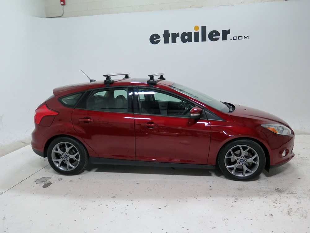 Thule Roof Rack For 2013 Ford Focus Etrailer Com