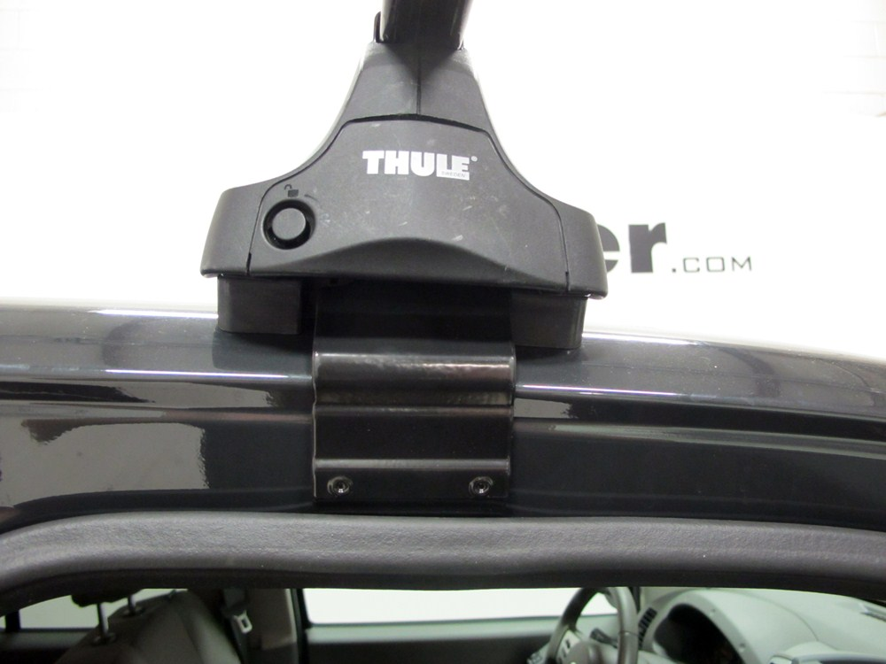 thule roof rack for 2016 chevrolet silverado 2500. Black Bedroom Furniture Sets. Home Design Ideas