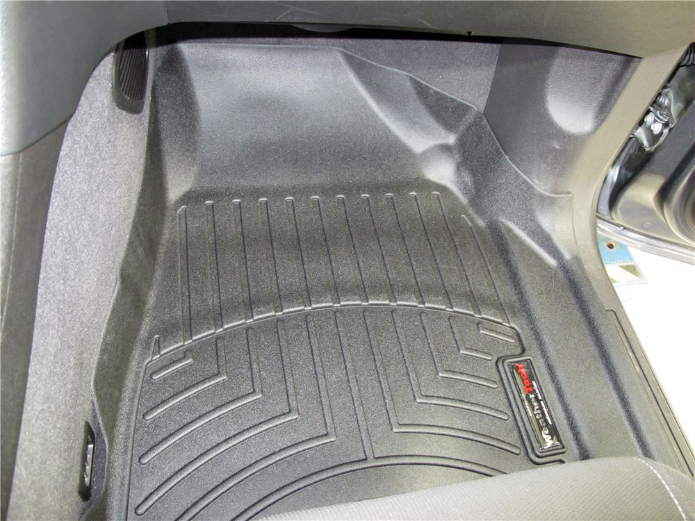 2015 chevrolet traverse weathertech front auto floor mats. Black Bedroom Furniture Sets. Home Design Ideas