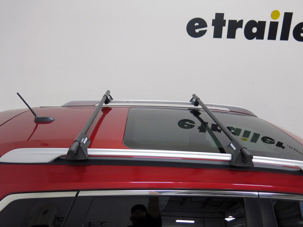 Yakima Roof Rack For Nissan Rogue 2011 Etrailer Com