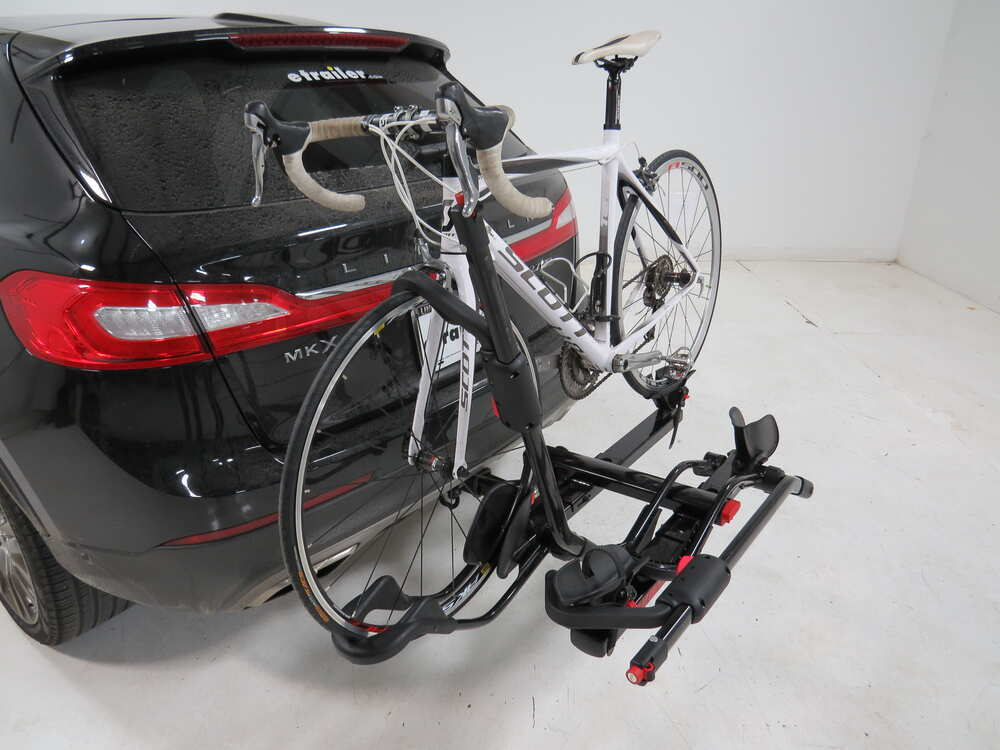 2012 Lincoln Mkx Yakima Holdup 2 Bike Rack For 2 Quot Hitches