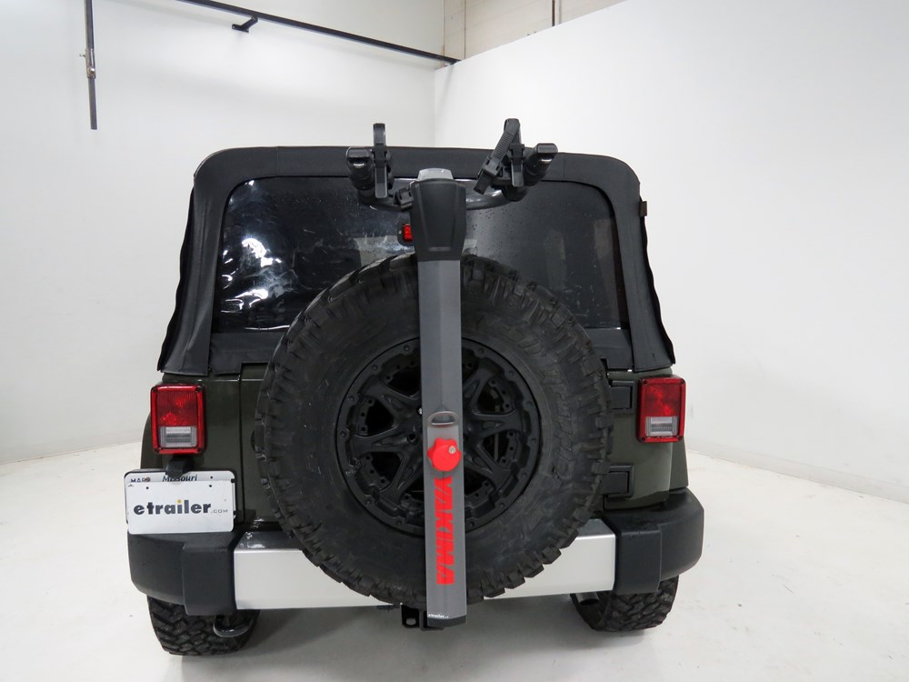 2006 jeep wrangler spare tire bike racks yakima. Black Bedroom Furniture Sets. Home Design Ideas